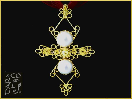 Dije filigrana Plata 925 (baño de oro) y perlas Mabe